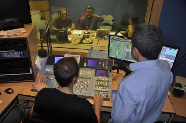 00 Foto radio